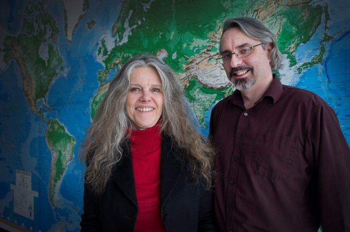 From left are Drs. Kathleen Gordon and Lucian Ashworth.